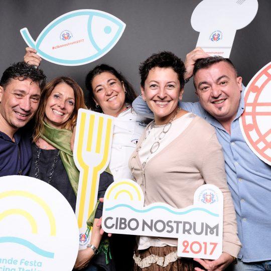 http://www.cibonostrum.eu/wp-content/uploads/2017/06/gallery-facce-cibonostrum-2017_DSF6286-540x540.jpg