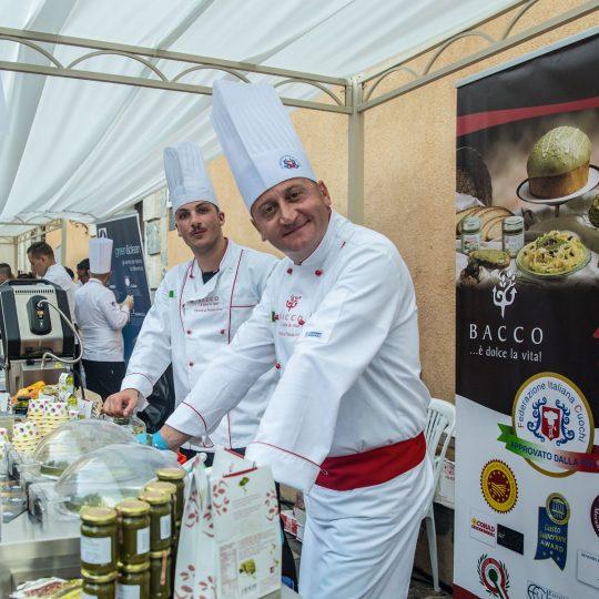 http://www.cibonostrum.eu/wp-content/uploads/2017/06/taormina-cooking-fest-2017-149_BZ-540x540.jpg