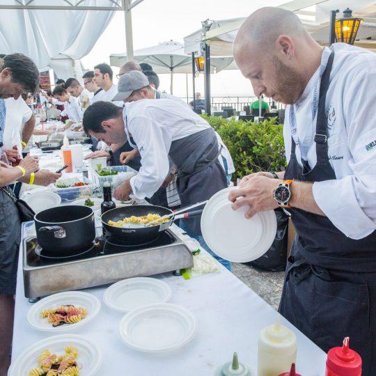 http://www.cibonostrum.eu/wp-content/uploads/2017/06/taormina-cooking-fest-2017-170_BZ-540x540.jpg