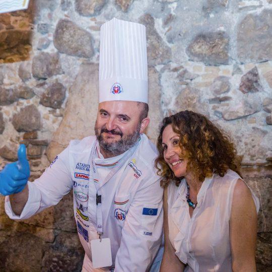 http://www.cibonostrum.eu/wp-content/uploads/2017/06/taormina-cooking-fest-2017-220_BZ-540x540.jpg