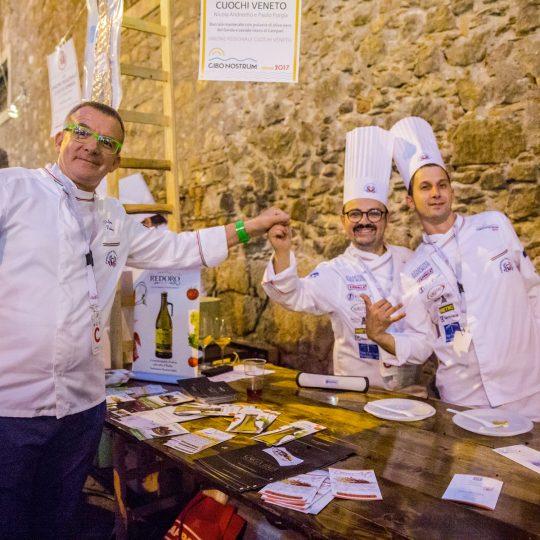 http://www.cibonostrum.eu/wp-content/uploads/2017/06/taormina-cooking-fest-2017-222_BZ-540x540.jpg