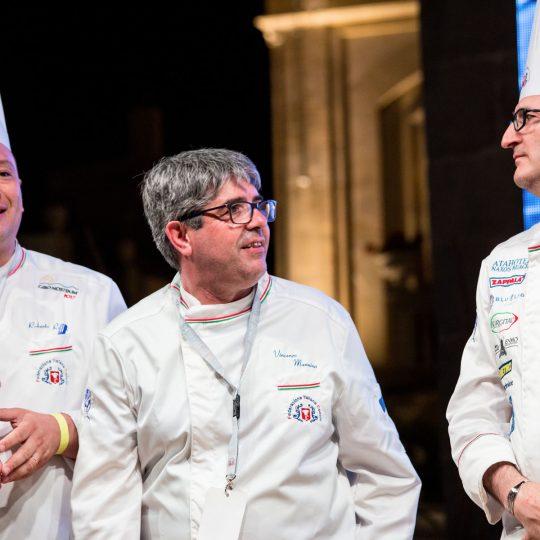 http://www.cibonostrum.eu/wp-content/uploads/2017/06/taormina-cooking-fest-2017-246_BZ-540x540.jpg