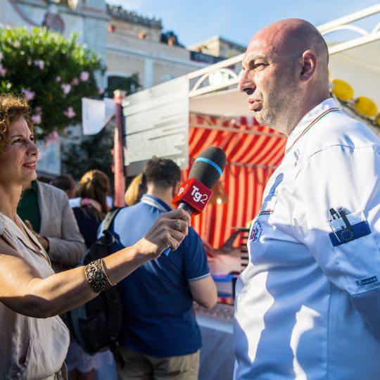http://www.cibonostrum.eu/wp-content/uploads/2017/06/taormina-cooking-fest-2017-98_BZ-540x540.jpg