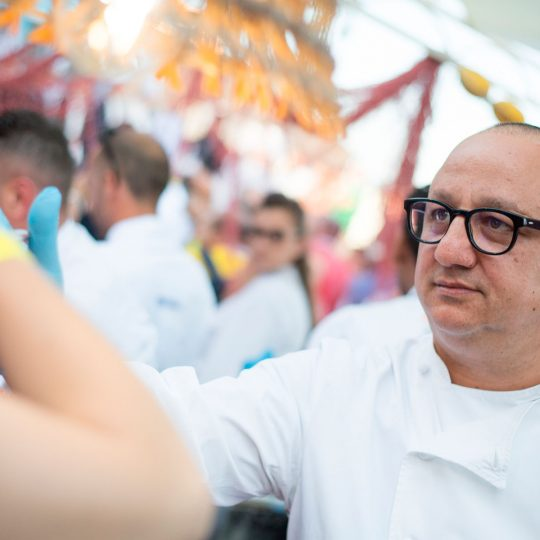 http://www.cibonostrum.eu/wp-content/uploads/2017/06/taormina-cooking-fest-2017_9793_RT-540x540.jpg